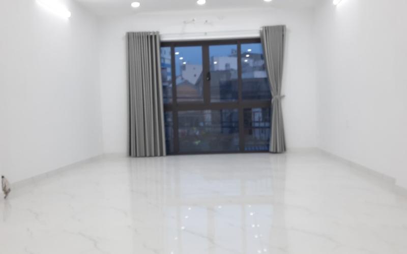Bán gấp Nhà Hẻm Xe Hơi Đường Lê Lai, Tân Bình, 65m2, 2 lầu, Giá Rẻ